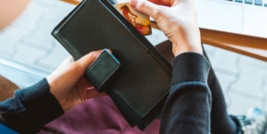 Keep Your Money & Identity Safe With RFID Wallets