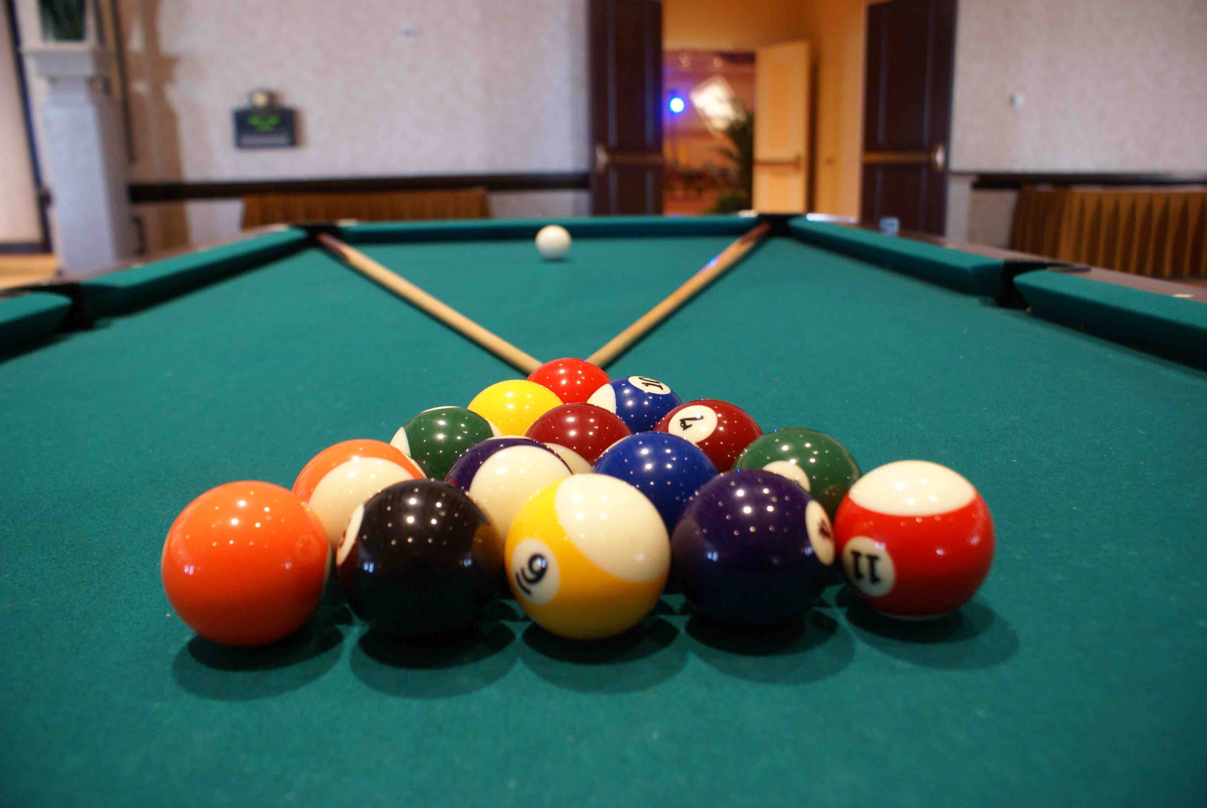 The importance of good pool table installation - Pool table house ...