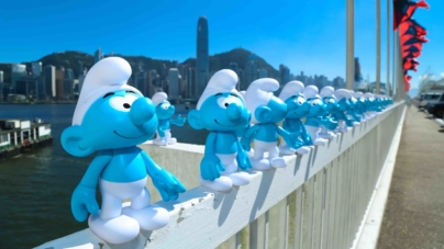 "Harbour City Hong Kong Transforms Into ""We're All Smurfs!"" Village!"
