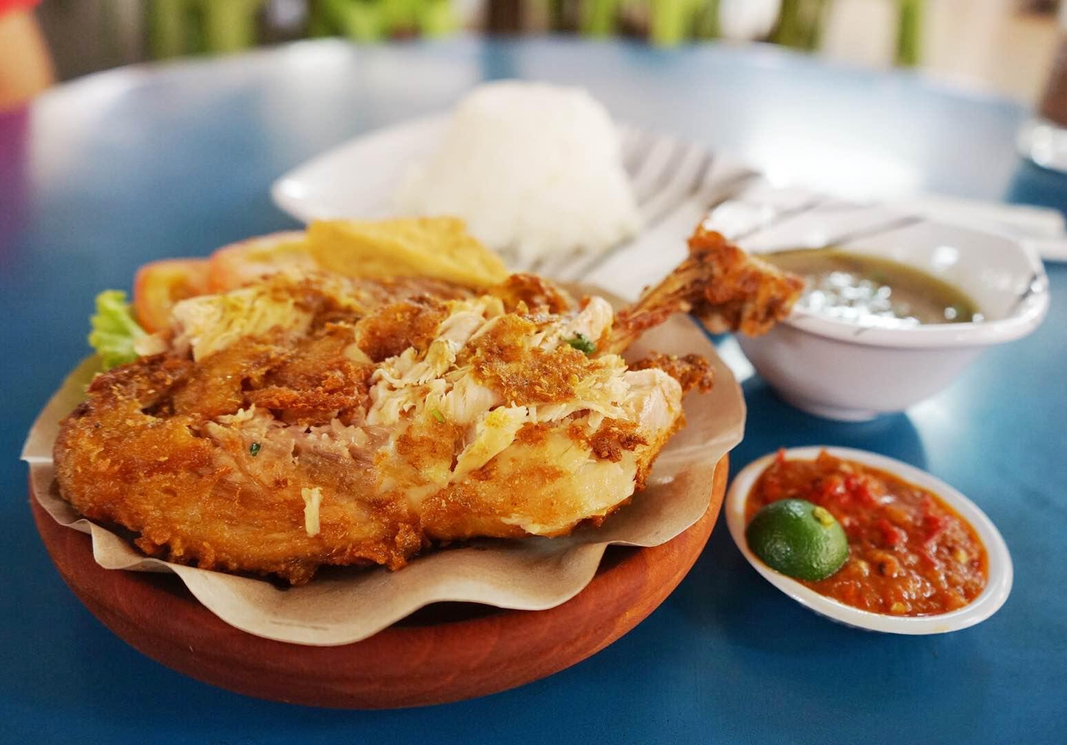 Anisah Kitchen Ayam Penyet - AspirantSG