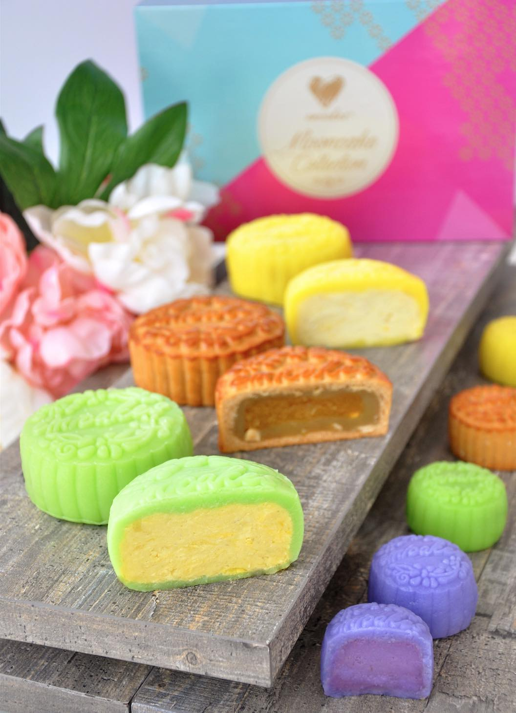 Emi Cakes Mooncakes Traditional and Snow Skin - AspirantSG