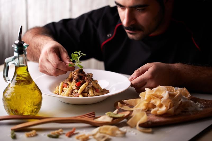 Pasta Fresca Al Funghi E Salsiccia - AspirantSG