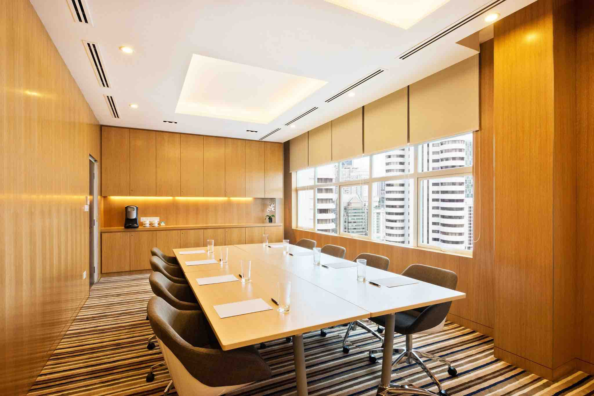 business-discussion-rooms-in-oasia-suites-kl-aspirantsg