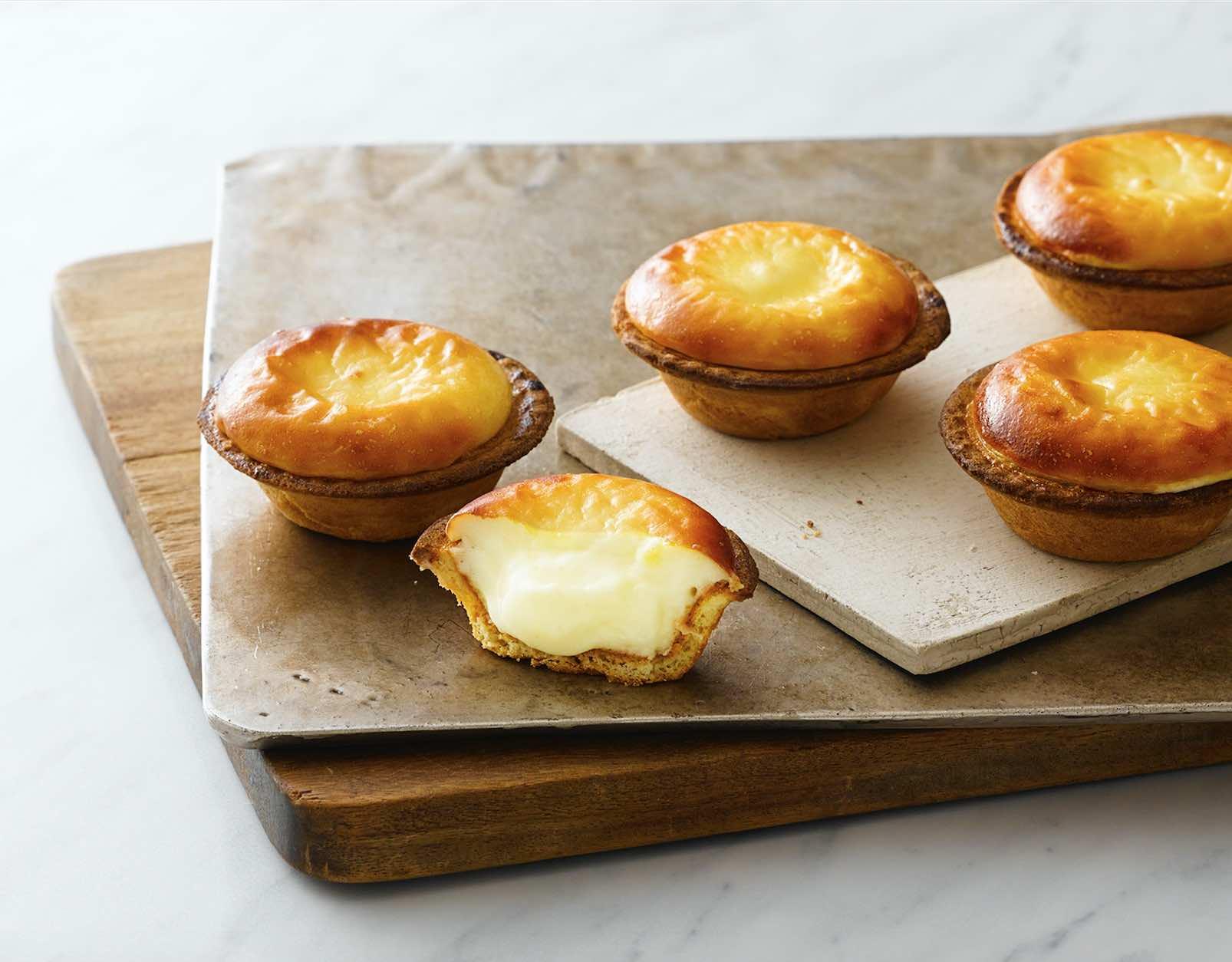 popular-hokkaido-bake-cheese-tarts-singapore-aspirantsg