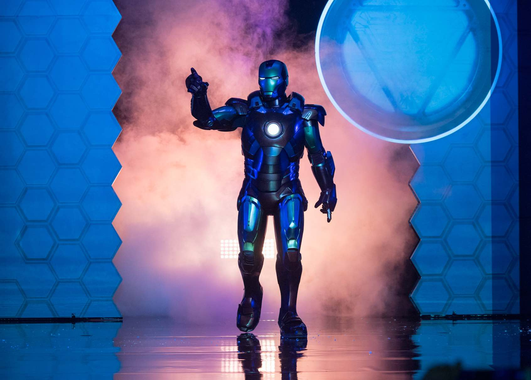 iron-man-appearance-at-hong-kong-disneyland-aspirantsg