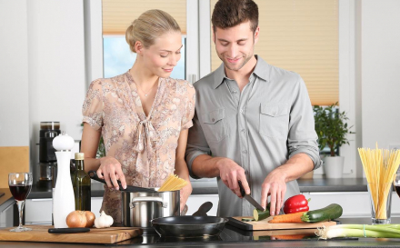 How To Cook The Perfect Date Night Meal