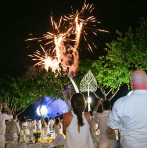 Time To Doll Up In White Again For Singapore Le Dîner en Blanc 2018