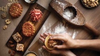 Mandarin Orchard Singapore Unveils Mooncakes By Renowned Executive Sous Chef