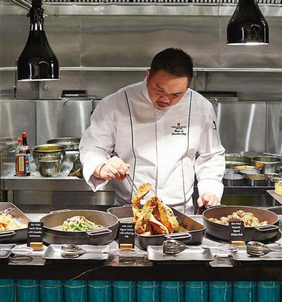 Orchard Cafe Signature Class Buffet Serves Heritage Ethnic Cuisines