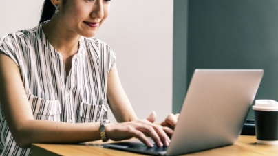 8 Smart Tips To Earn Money From Blogging